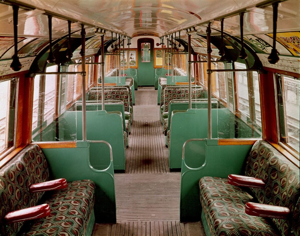 1561 1024x804 - London transport fabrics over the decades